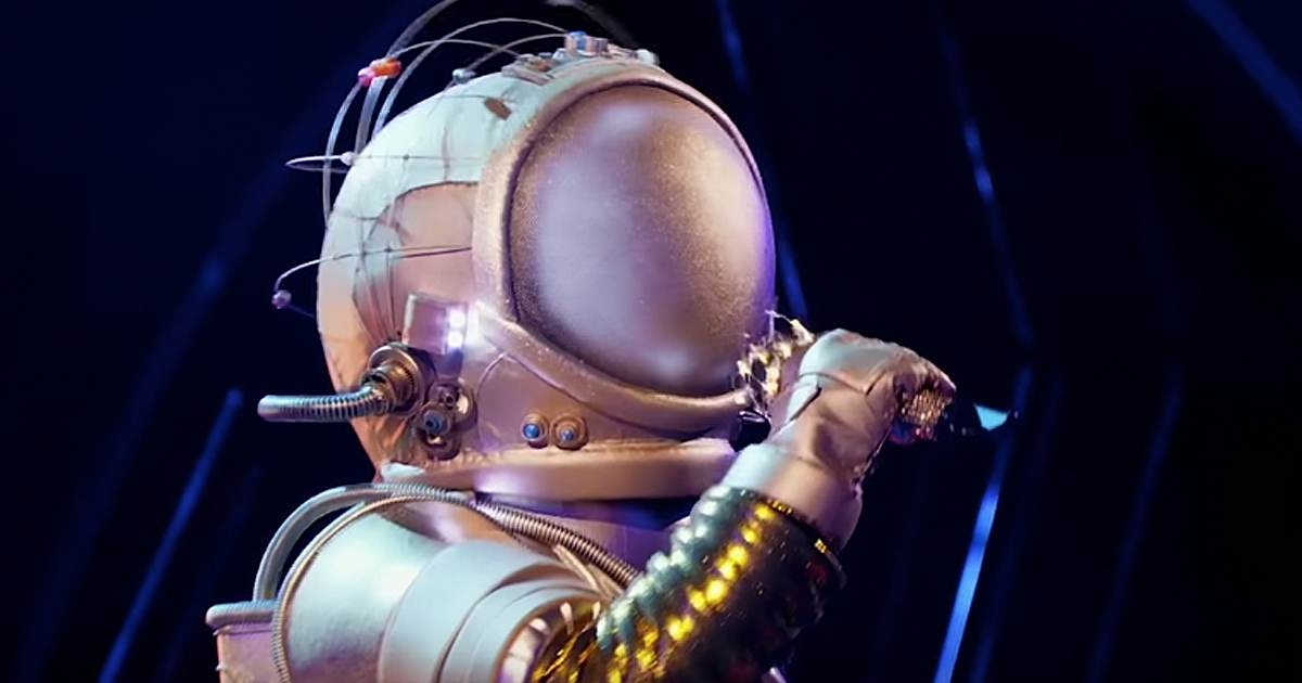 Masked Singer Astronaut