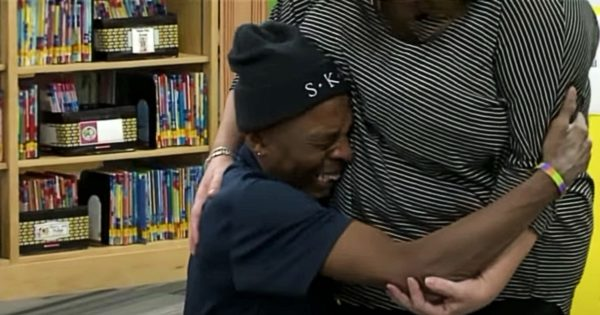 School Janitor Falls to His Knees After Coworkers Raise $10k So He Won't Have to Walk to Work