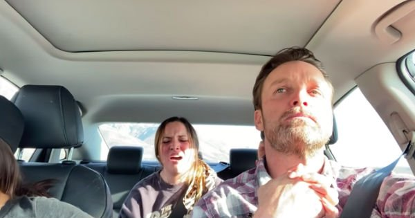daughter sings in car