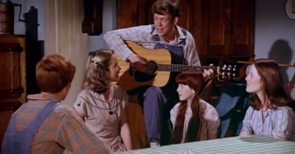 The Waltons singing I'll Fly Away