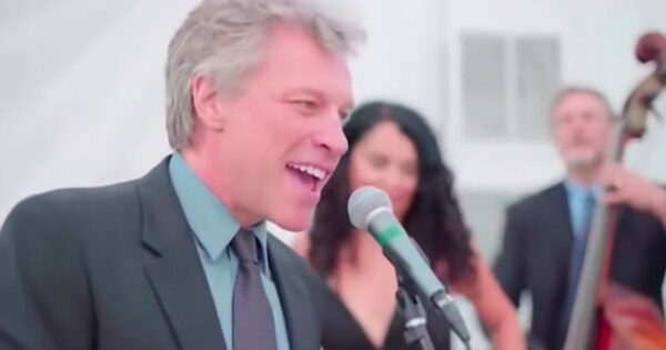 Guests Stunned When Jon Bon Jovi Sings At A Wedding And It's The Stuff Of Dreams