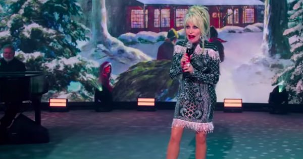 Holly Jolly Christmas Dolly Parton
