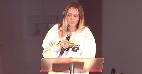 sadie robertson preaching