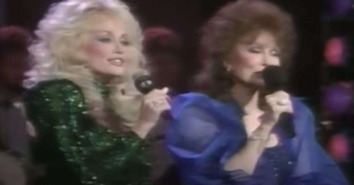Dolly Parton and Loretta Lynn