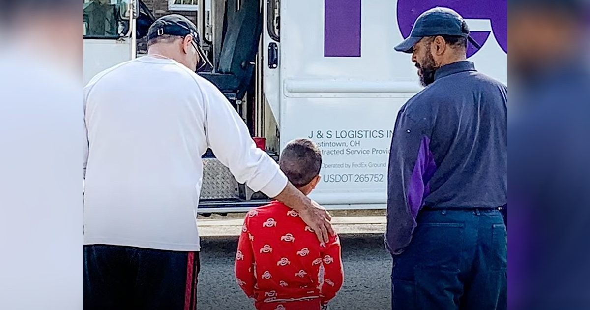 fed ex truck driver act of kindness