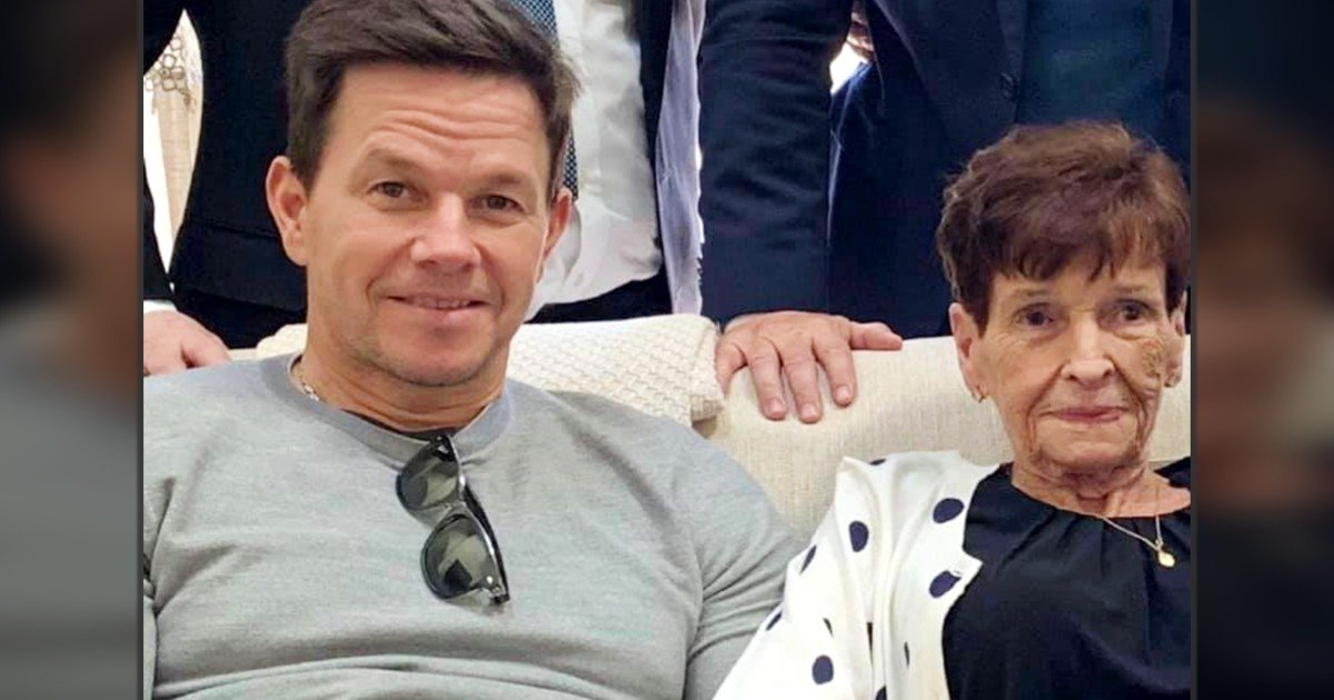 mark wahlberg called his mom every day