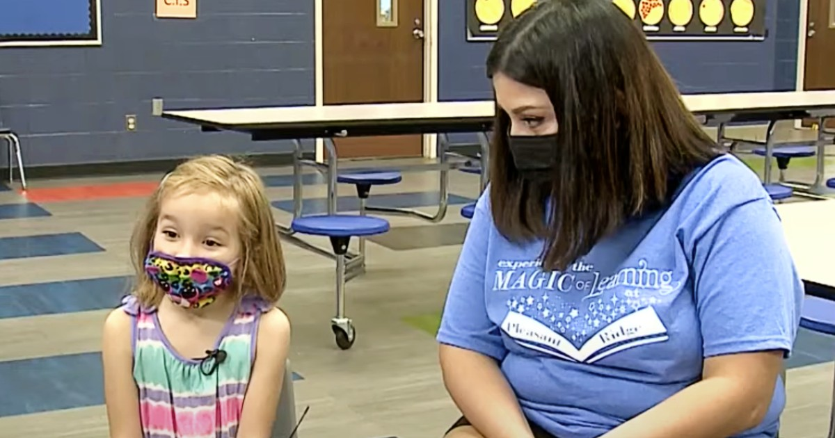 teacher saves choking student